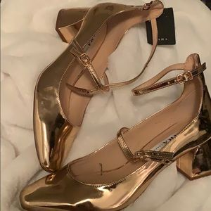 Never worn Rose Gold Zara Pumps